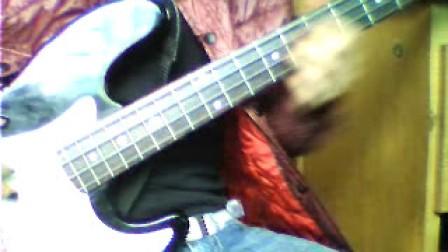 自拍【叛逆的鲁鲁修】第一季。。插曲  ~~Stories~~(bass)