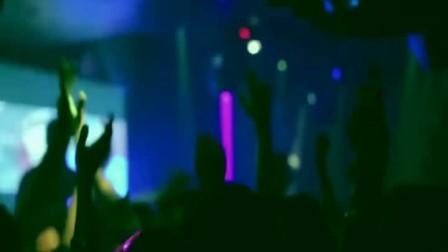 车载DVD版_酒吧夜店中文DJ舞曲MV【谁在夜里想起我】辣妹激情热吻