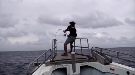 GT fishing with RippleFisher BIG TUNA 77 INTERNATIONAL