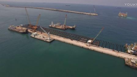 步履式顶推施工—以色列阿什杜德港Q28码头—利用桩顶支撑步进式移动平台沉桩施工