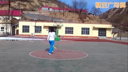 陕西好日子健身队《女人没有错》鬼步舞附教学