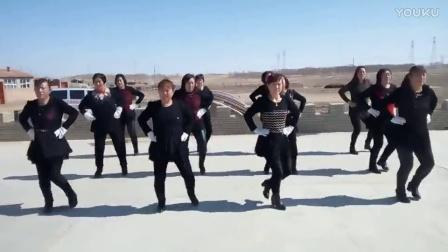 张家口市康保县大萝卜村姐妹舞蹈队          广场舞心相映