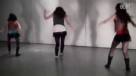 高校美女校庆热舞