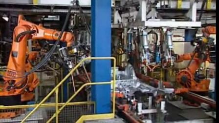 奥迪汽车库卡机器人焊接生产
