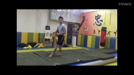 深圳舞蹈空翻技巧小翻教学培训