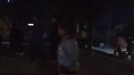 搞笑小孩广场舞
