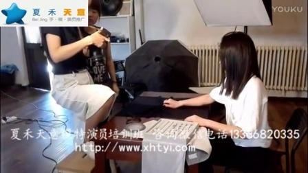 夏禾天意女手模特戈戈拍摄珠宝平面广告大片现场花絮.mp4
