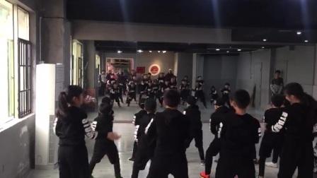 张家界哪里有小孩子跳舞的培训班?张家界TNT爵士舞工作室