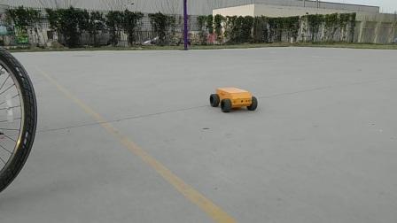 A2D2轮式机器人底盘 高速2000转 视频