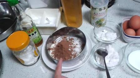 做蛋糕视频 香蕉面包 电饭煲做蛋糕的方法