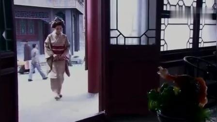 大美人许晴用一条项链诱出潜伏在自己身边的娇美日本特工