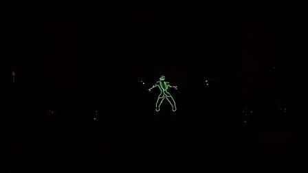 激光先生玩分身,英特尔酷比魔方打造的无风扇i5的旗舰本thinker,霸气开场