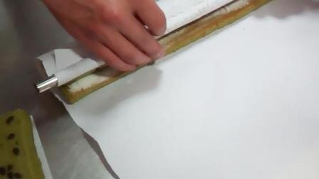 蛋糕卷的快捷卷法