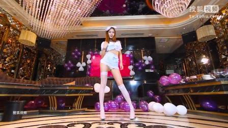 诺诺cosplay性感护士服热舞天籁女声主播美女诺诺_最新韩国日本夜总会性感引诱热舞DJ教程