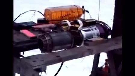喷气式发动机太可怕,注意看油,喝都没它快