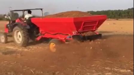 新型有机肥撒肥车生物有机肥抛撒机农家肥撒肥机视频