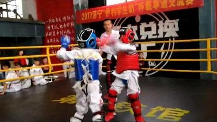 武馆学生参加截拳道比赛 李广旭