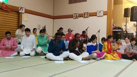 2017年日本交流会当地集体表演