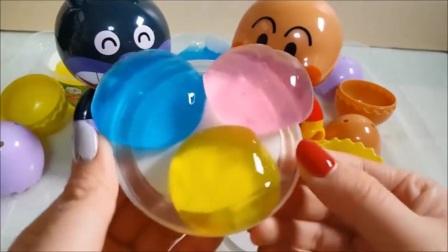 面包超人玩具和面包超人公仔儿童影片Kizzutoi Kataasobi!玩过凝胶,如煤泥!咖喱P