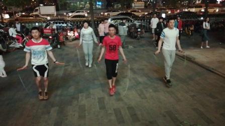VID_20170415_212311北京双井富力广场花样跳绳绳艺展示。