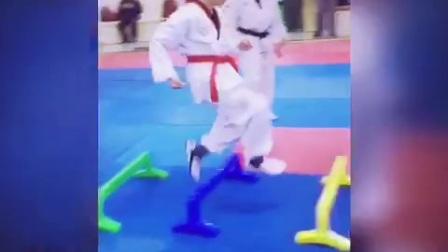 青岛锦江跆拳道学生训练.mp4