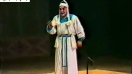 唐喜成在开封演出《南阳关》结束后清唱《血溅乌纱》《三哭殿》