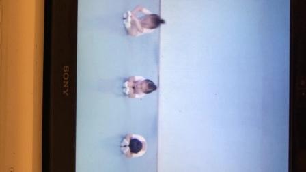 温岭市妞姿艺术培训,浙江省舞蹈考级一级:脚的练习-种花