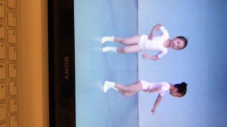温岭市妞姿艺术培训,浙江省舞蹈考级一级:脚位-蝴蝶花
