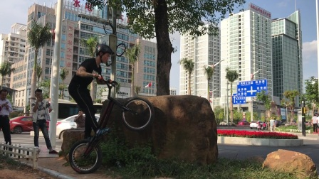 ECHO攀爬自行车 车手 邓福贤 2017 使用ECHO PRO 20圈刹车架测试