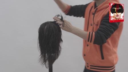《经典剪发专业技术图解:蘑菇头(视频教学版)》随书视频01