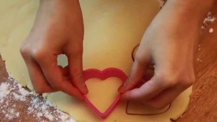 蛋糕制作视频 裱花蛋糕戚风蛋糕做法