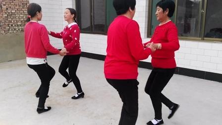 """洪洞县赵城镇桥西村巧英广场舞 第五年汇演 """"爱的世界只有你""""广场舞"""