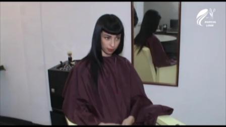 国外美女长发剃后脑勺剪BOB头