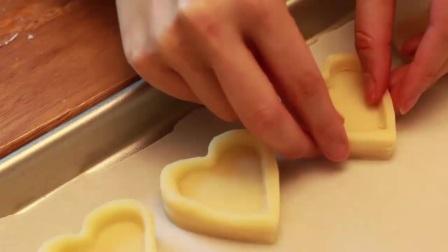 寿桃生日蛋糕制作视频 学习制作翻糖蛋糕