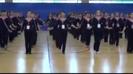 史淑娟老师的麦西来甫基本功训练套路——土豆视频