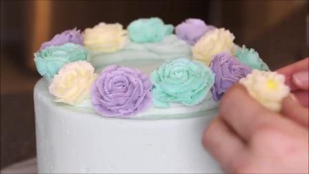 生日蛋糕裱花的配方及制作