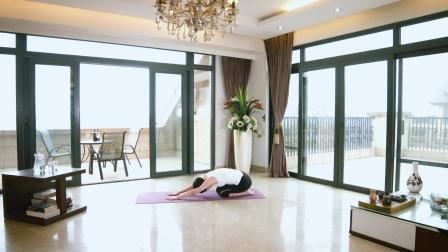 经典初级瑜伽教程第七集:眼镜蛇式瑜伽动作