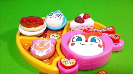 甜点盘面包超人玩具动画烤面包超人玩具~托马斯玩具!公仔~托米察玩具~多金·钱美味