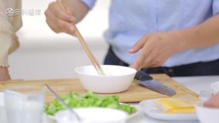 劉雲大秀美味早餐芝士厚蛋燒