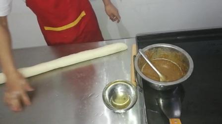 学做鸡蛋灌饼的视频,鸡蛋灌饼的做法的视频