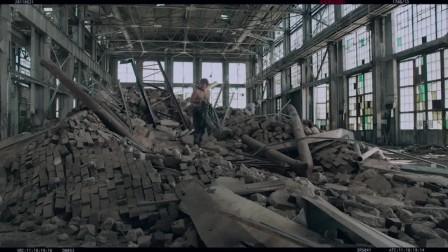《复仇者联盟》删减片段,终于知道摩托是从哪来的了