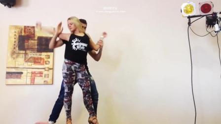 世界上最性感的舞蹈, 2位长腿翘臀老师性感教学