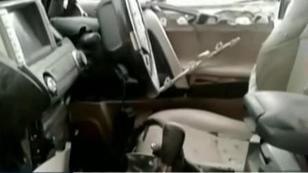 巴基斯坦参议院副主席车队遇袭 致25死35伤 170513 新闻空间站
