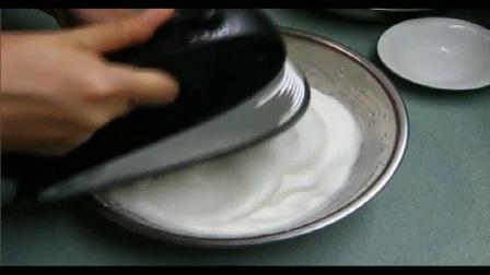 如何用烤箱做蛋糕翻糖玫瑰花的制作