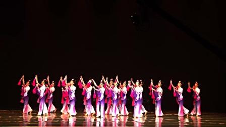 7.群舞《花开时节》