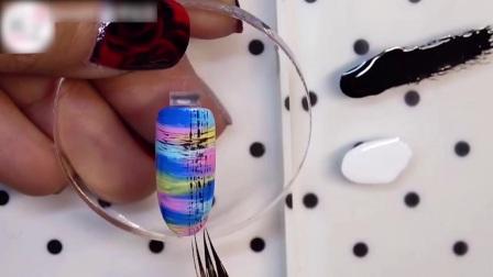 美甲最新款式 在指尖绘制格纹竟然如此简单