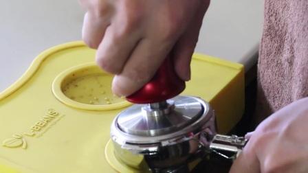 如何制作意式咖啡 意式咖啡正确操作步骤 意式咖啡操作方法视频教学