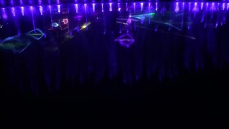 上海欢乐谷水上灯光秀.夜