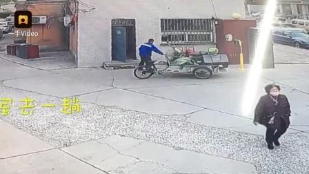猖狂!他偷电动车,偷完还找门卫告别