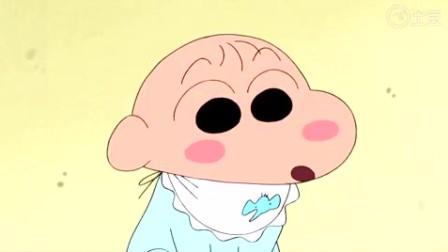 蜡笔小新: 小葵小小年纪就很有母爱,对婴儿照顾有加